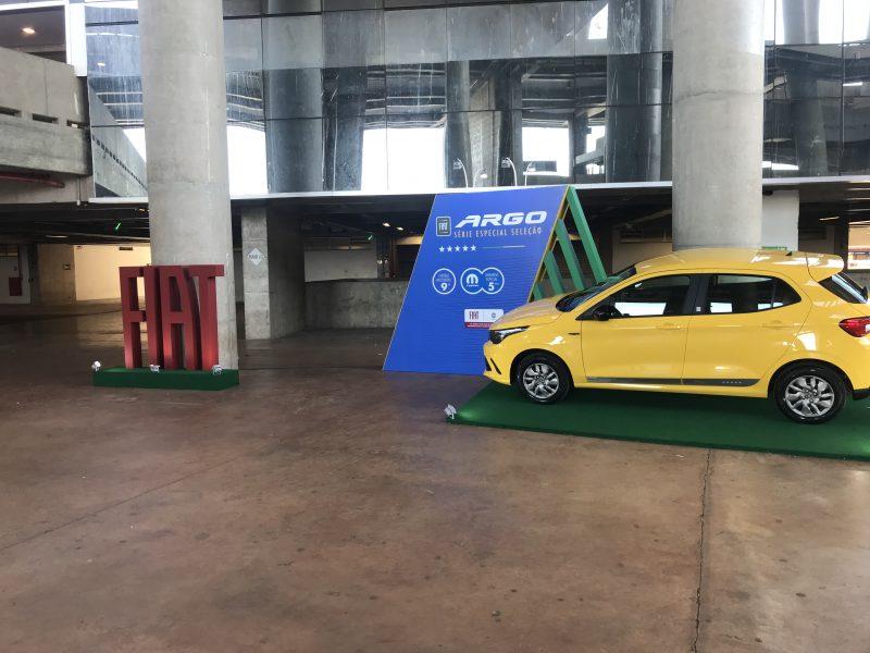 Quiosque Lateral Fiat - Apresentação Carro